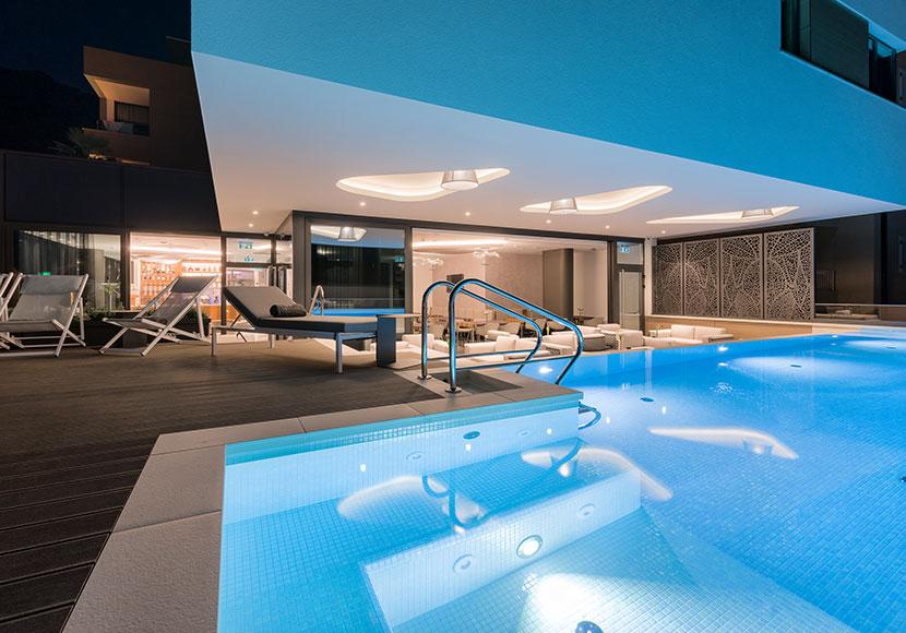 pool_aminities